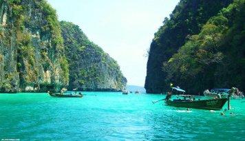 Phi Phi Island Phuket Thailand-travel-djghina